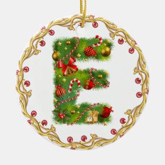 ornamento con monograma inicial del navidad de E - Adorno Navideño Redondo De Cerámica