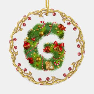 ornamento con monograma inicial del navidad de G - Adorno Navideño Redondo De Cerámica