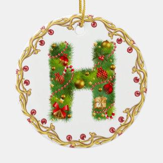 ornamento con monograma inicial del navidad de H - Adorno Navideño Redondo De Cerámica