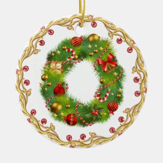ornamento con monograma inicial del navidad de O - Adorno Navideño Redondo De Cerámica