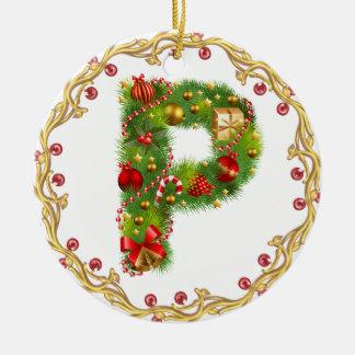 ornamento con monograma inicial del navidad de P - Adorno Navideño Redondo De Cerámica
