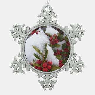 Ornamento - copo de nieve - acebo y bayas en nieve adorno de peltre en forma de copo de nieve