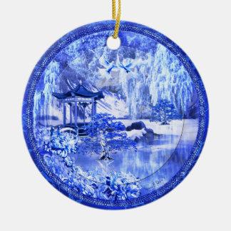 "Ornamento de cerámica ""del mundo azul del sauce"", adorno navideño redondo de cerámica"