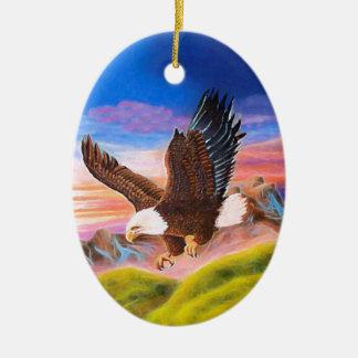 Ornamento de elevación del óvalo de Eagle Adorno Navideño Ovalado De Cerámica