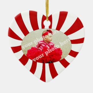 Ornamento de encargo del navidad de la foto del adorno navideño de cerámica en forma de corazón