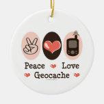 Ornamento de Geocache del amor de la paz Ornamente De Reyes