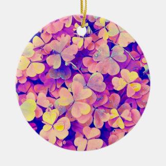 Ornamento de hadas de los tréboles adorno navideño redondo de cerámica