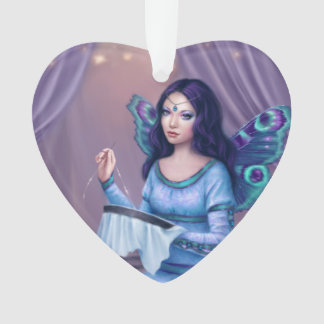 Ornamento de hadas del corazón de la mariposa de