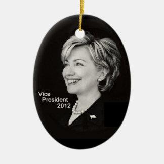 Ornamento de Hillary Clinton VP 2012 Adorno Navideño Ovalado De Cerámica