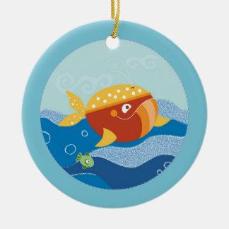 Ornamento de la ballena adorno navideño redondo de cerámica