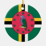 Ornamento de la bandera de Dominica Adorno Redondo De Cerámica