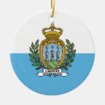 Ornamento de la bandera de Sammarinese Ornamento Para Arbol De Navidad