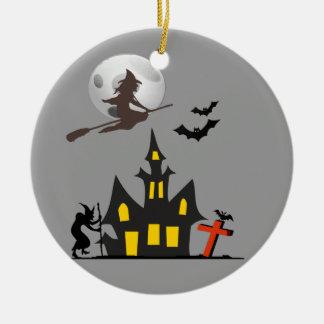 Ornamento de la casa encantada de Halloween Adorno Redondo De Cerámica