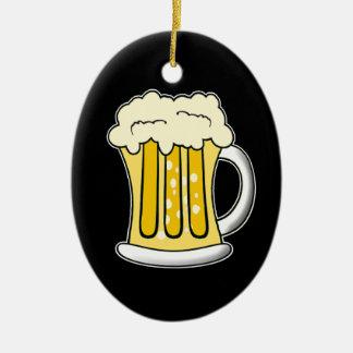 Ornamento de la cerveza adorno navideño ovalado de cerámica