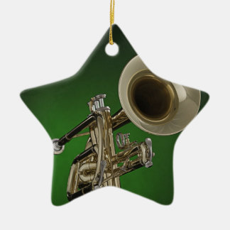 Ornamento de la estrella de la trompeta o del adorno navideño de cerámica en forma de estrella