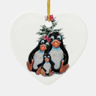 Ornamento de la familia del pingüino ornamento de reyes magos