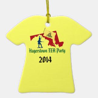Ornamento de la fiesta del té de Hagerstown Adorno De Cerámica En Forma De Playera