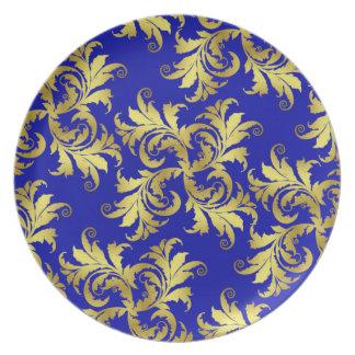 Ornamento de la flor del oro plato