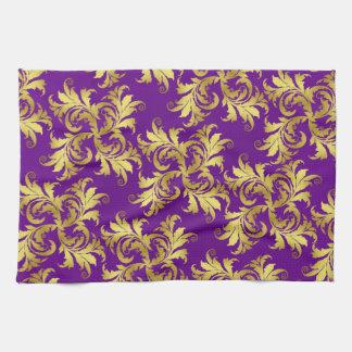 Ornamento de la flor del oro toallas