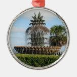 Ornamento de la fuente de la piña del SC de Charle Ornamente De Reyes