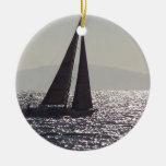 Ornamento de la isla del velero y de Catalina Ornamentos De Navidad