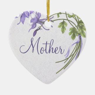 Ornamento de la madre del ramo de Columbine Adorno De Cerámica En Forma De Corazón