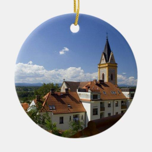 Ornamento de la pequeña ciudad ornamentos para reyes magos