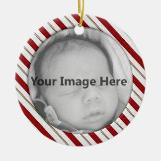 Ornamento de la plantilla de la foto del bastón de adorno navideño redondo de cerámica