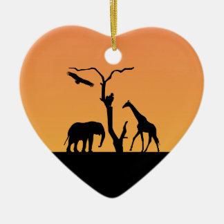 Ornamento de la puesta del sol de la silueta del adorno navideño de cerámica en forma de corazón