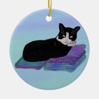 Ornamento de la siesta del gato del smoking ornamentos para reyes magos
