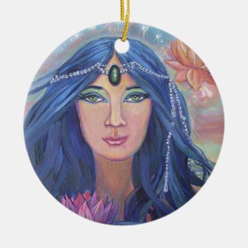 Ornamento de la sirena de Lotus - por el arte de Adorno Navideño Redondo De Cerámica