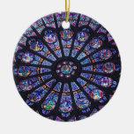 Ornamento de la ventana color de rosa de Notre Dam Ornamentos De Reyes Magos