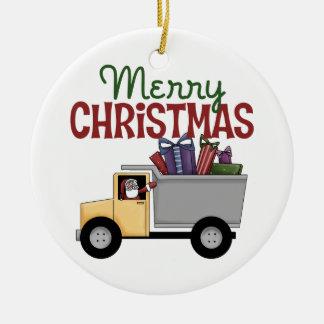 Ornamento de las Felices Navidad del camionero Adorno Redondo De Cerámica