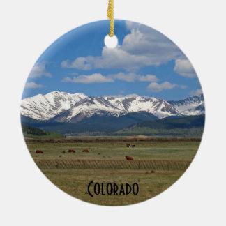 Ornamento de las montañas rocosas de Colorado Adorno Redondo De Cerámica