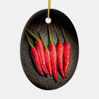 Ornamento de las pimientas de chiles rojos ornato