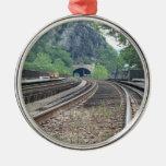 Ornamento de las pistas de ferrocarril del transbo ornamentos para reyes magos