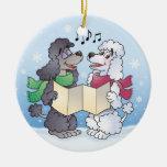Ornamento de los caniches de Caroling del navidad Adornos