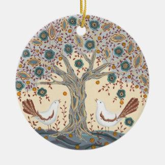 Ornamento de los pájaros del amor adorno navideño redondo de cerámica