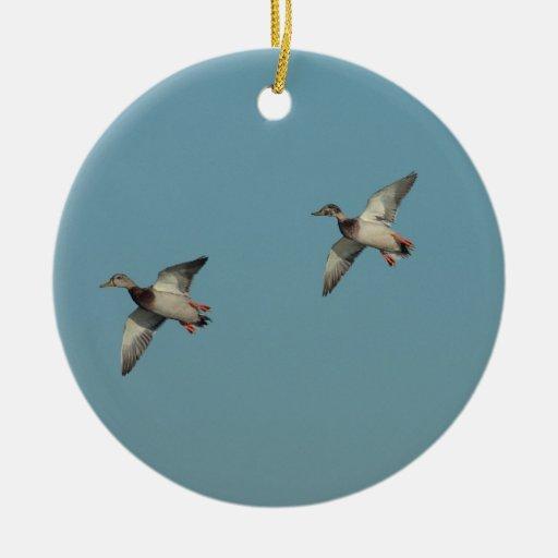 Ornamento de los patos en vuelo ornamentos de reyes