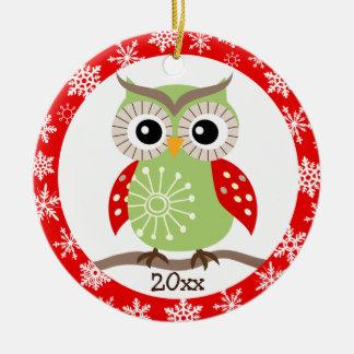 Ornamento de los saludos del navidad del búho de R Ornamento Para Arbol De Navidad