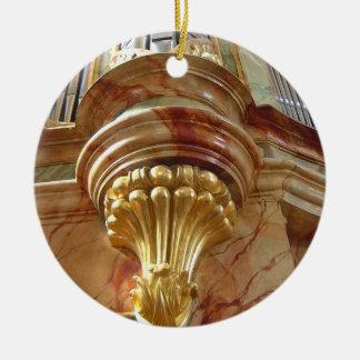 Ornamento de los tubos de órgano adorno navideño redondo de cerámica