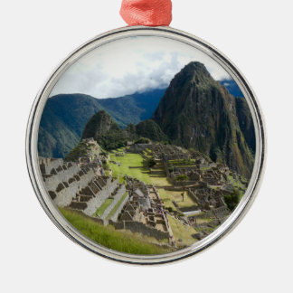 Ornamento de Machu Picchu Adorno Redondo Plateado