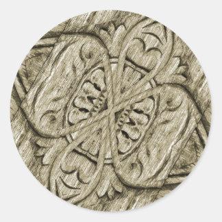 Ornamento de madera pegatina redonda