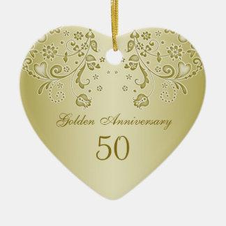 Ornamento de oro del aniversario de boda de los adorno navideño de cerámica en forma de corazón