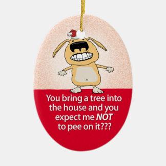 Ornamento de pis divertido del navidad del perro adorno navideño ovalado de cerámica