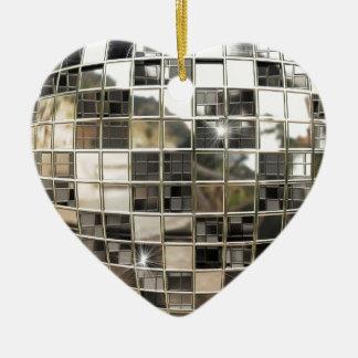 Ornamento de plata chispeante del disco adorno de cerámica en forma de corazón