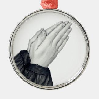 Ornamento de rogación de las manos adorno navideño redondo de metal
