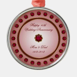 Ornamento de rubíes del aniversario de boda adorno navideño redondo de metal