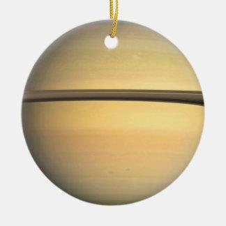 Ornamento de Saturn Ornamentos De Reyes