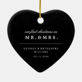 Ornamento de Sr. y de señora First Christmas Adorno Navideño De Cerámica En Forma De Corazón